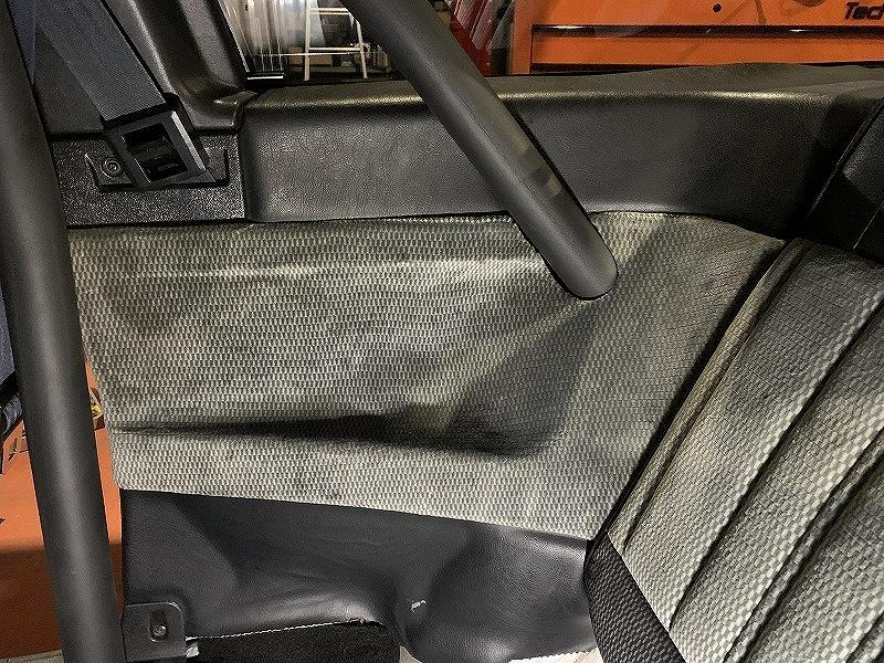 AE86内装貫通